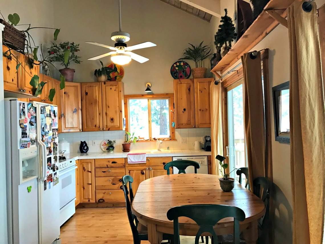 IMG_2589 kitchen 2